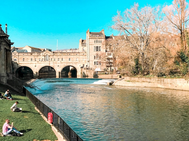 Bath: You can't buy happiness but you can buybooze